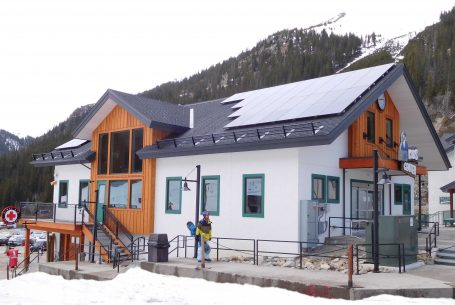 A-Basin Children's Center / Ski Patrol